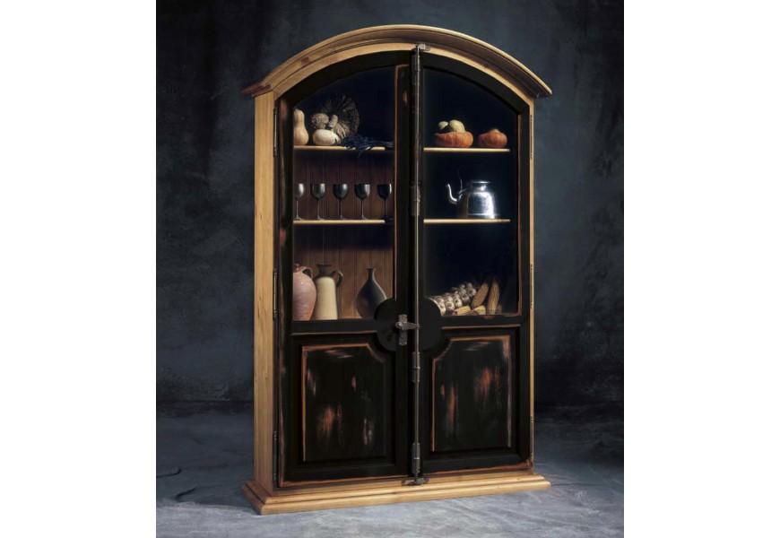Luxusná rustikálna vitrína Nuevas formas z dreva s kovovými prvkami oblúkovitého tvaru