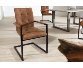 Dizajnová nadčasová jedálenská stolička  s podrúčkami Oxford
