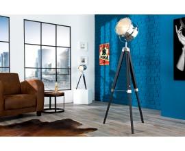 Dizajnová moderná stojaca lampa Tripod