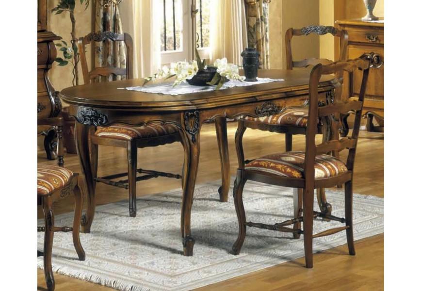 Luxusný rozkladací jedálenský stôl Nuevas formas s vyrezávanými nožičkami z dreva