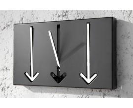 Luxusný moderný nástenný vešiak Arrow čierny