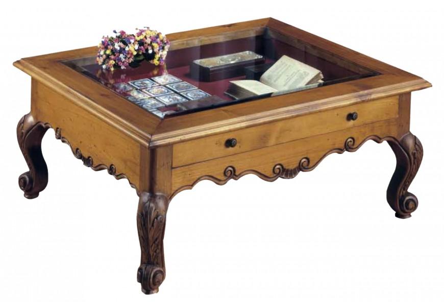 Luxusný rustikálny konferenčný stolík s preskleným úložným priestorom a vyrezávanými nožičkami