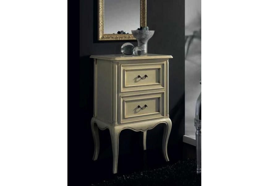 Luxusný rustikálny nočný stolík Nuevasformas s dvomi zásuvkami a vyrezávanými nožičkami