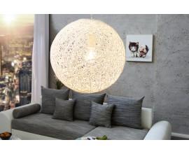Moderná a elegantná závesná lampa Cocoon M white