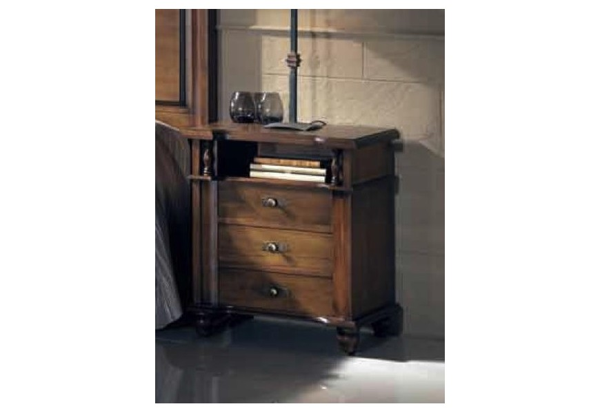 Luxusný nočný stolík Nuevas formas v rustikálnom štýle