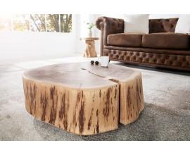 Atypický stolík z masívneho dreva využiteľný aj ako taburetka