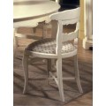 Luxusná stolička Nuevas formas v rustikálnom štýle s vyrezávanými nožičkami