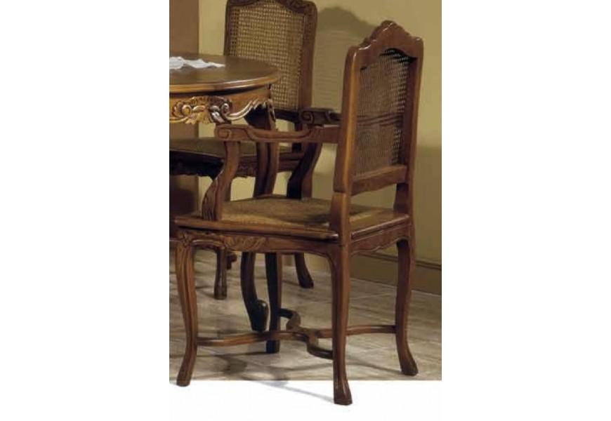 Luxusná vyrezávaná stolička Nuevas formas z masívneho dreva s vyrezávanými ornamentami