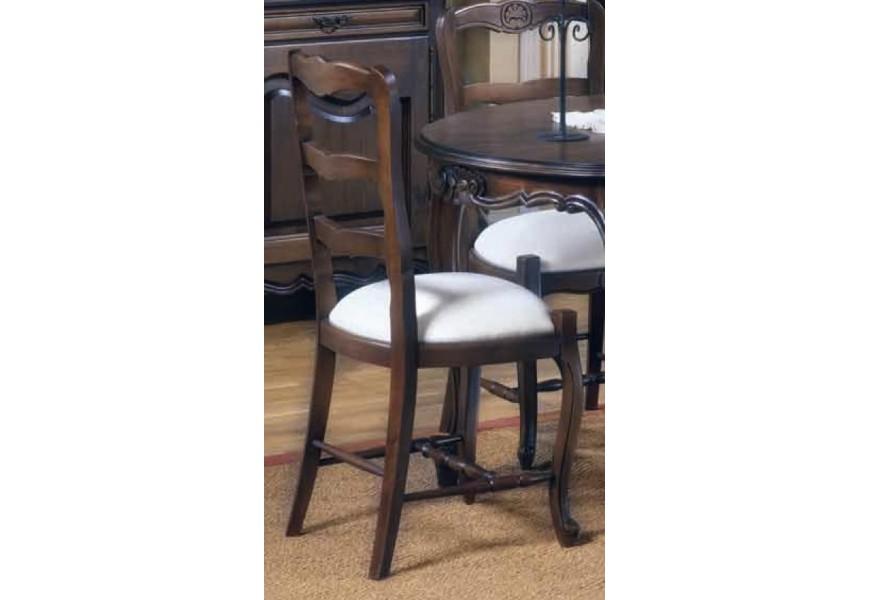 Luxusná rustikálna jedálenská stolička Nuevas formas z masívneho dreva s čalúnením