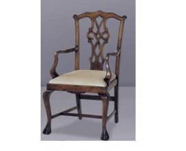 Klasická jedálenská stolička  Nuevas formas s ornamentálnym vyrezávaním 102cm
