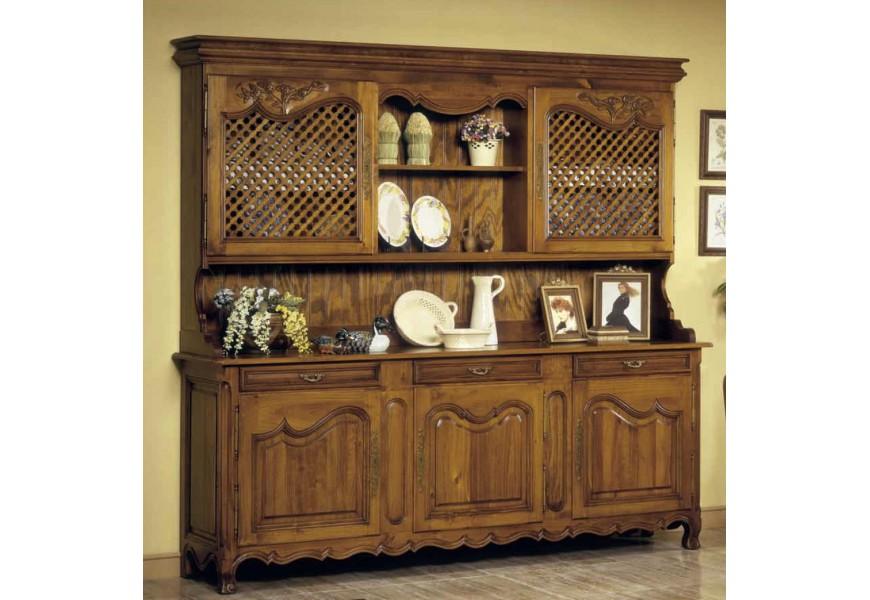 Štýlový rustikálny príborník s poličkami a dvierkami s ornamentálnym vyrezávaním