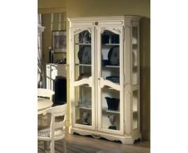 Rustikálna luxusná vitrína Nuevas formas s dvomi dvierkami s ornamentálnym zdobením 208cm
