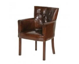 Kožená konferenčná stolička s chesterfield prešívaním.