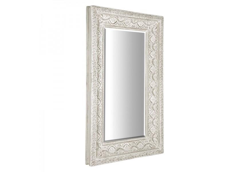 Provensálske nástenné zrkadlo Venice so zdobeným rámom bielej farby 233cm