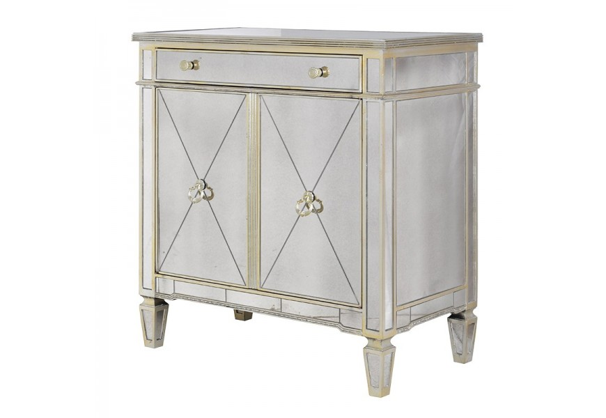 Luxusná skrinka v zrkadlovom z kolekcie Granada Old