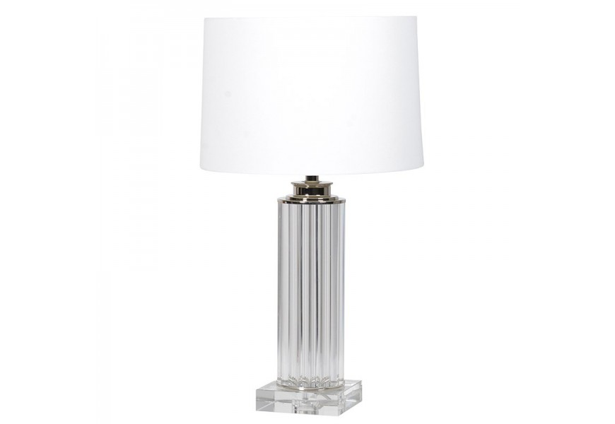 Štýlová vysoká nočná lampa Cruenta s priesvitnou akrylovou podstavou a bielym textilným tienidlom