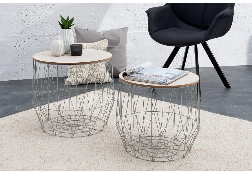 Dizajnové príročné stolíky okrúhleho tvaru do moderne zariadených priestorov
