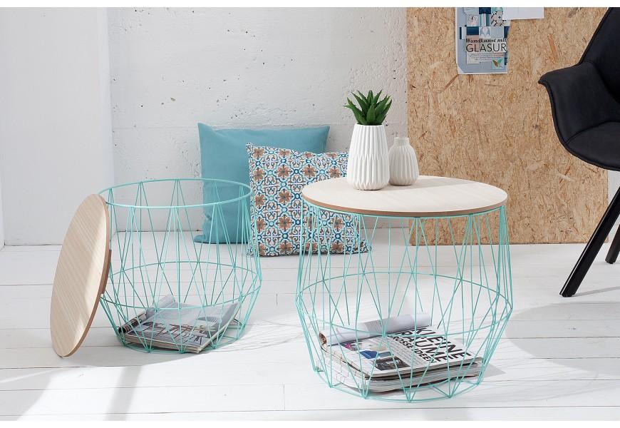 Vďaka odnímateľnej doske možno podstavu stolíka využiť aj ako úložný priestor