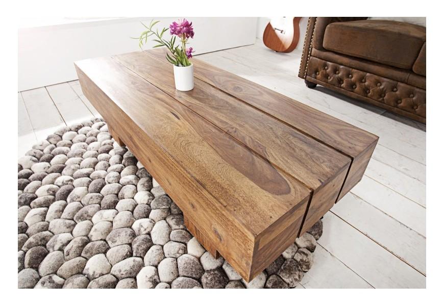 Štýlový konferenčný stolík z masívneho dreva dodá vášmu interiéru nádych prírody
