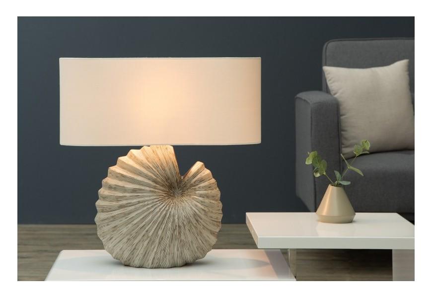 Dizajnová stolná lampa Shell biela