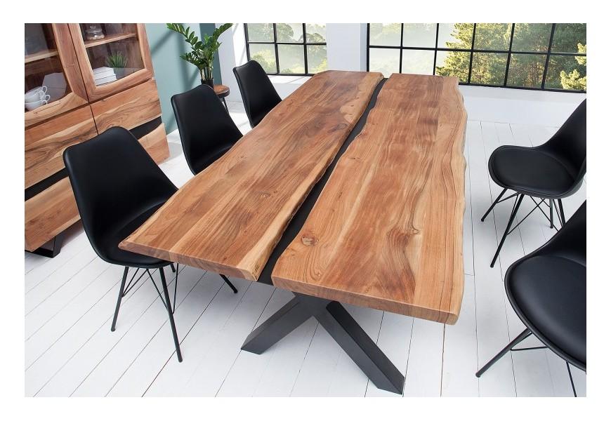 Jedinečný jedálenský stôl s prírodnou vrchnou doskou z masívu akácie