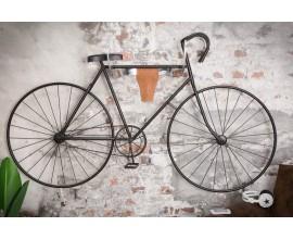 Dizajnová dekoračná hlava býka ako držiak na bicykel