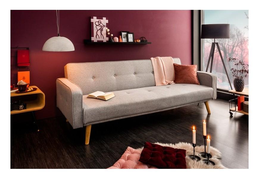 Výnimočná sivá sedačka Ellgra z masívu