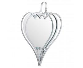 Jedinečné strieborné zrkadlo vďaka svojmu tvaru pôsobí naozaj romanticky