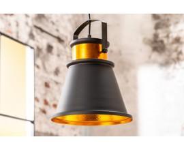 Štýlová dizajnová industriálna závesná lampa Luz III z kovu v čierno-zlatej farbe