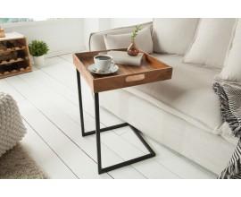 Dizajnová moderná konštrukcia príručného stolíka Ciano vyrobená z kovu čiernej farby