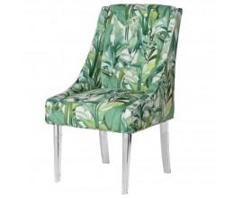 Zelená dizajnová stolička Tica s motívom tropických listov doplnená akrylovými priehľadnými nohami