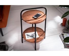 Dizajnový kruhový príručný stolík Relik s odkladacím priestorom z akácie na čiernej kovovej konštrukcii s madlom