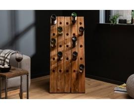 Štýlová vidiecka vinotéka Hemingway obdĺžnikového tvaru z teakového dreva v hnedej farbe s dvadsiatimi piatimi otvormi na fľaše