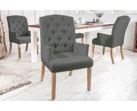 Chesterfield čalúnená stolička Silloth v svetlosivej farbe s podrúčkami 104cm