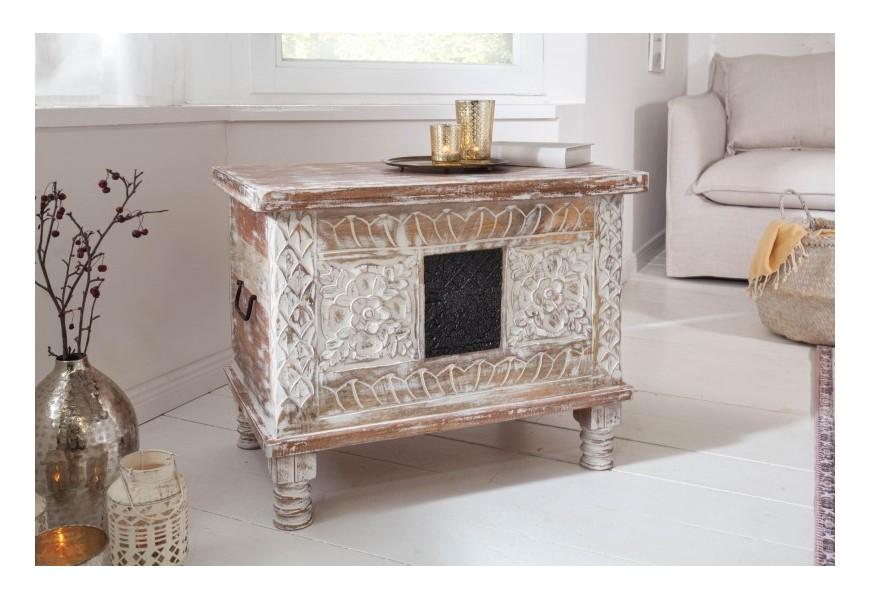 Luxusná orientálna truhlica Rosthall v bielej farbe z masívneho mangového a agátového dreva na nožičkách s úložným priestorom
