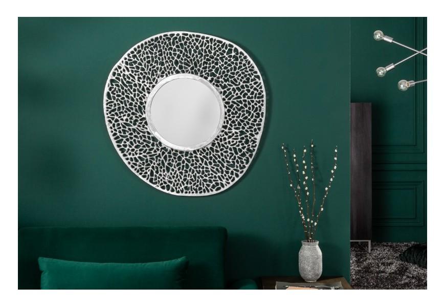 Dizajnové závesné art-deco zrkadlo Girvan s kovovým rámom okrúhleho tvaru v striebornej farbe