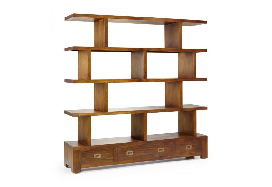 Štýlová drevená knižnica Star z masívu hnedej farby s poličkami a zásuvkami