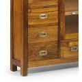 Masívna drevená konzola Star hnedej farby so zásuvkami a poličkami so sklenenými dvierkami 107cm