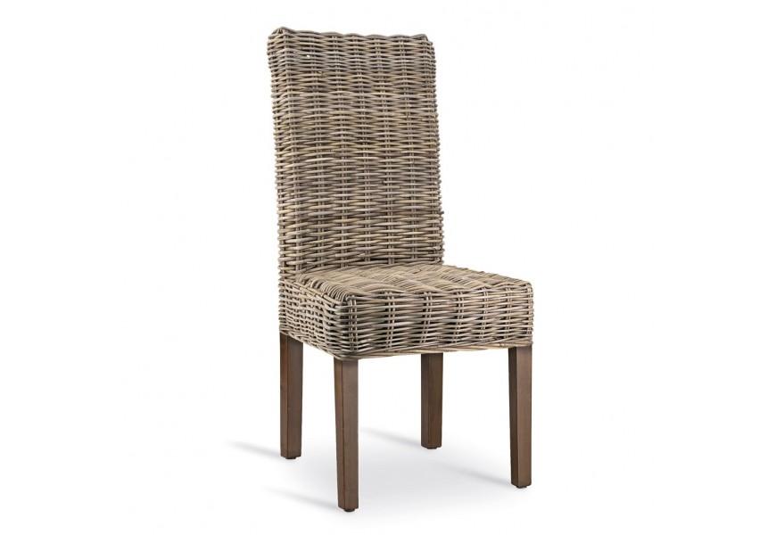 Dizajnová stolička Rattan s vysokým operadlom z ratanu a s nohami z masívneho dreva mindi v hnedej farbe