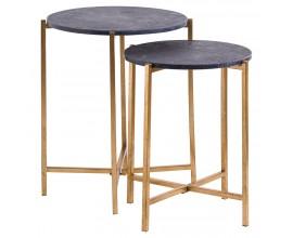 Moderný art-deco set dvoch príručných stolíkov Barrela s čiernou mramorovou doskou a zlatými nohami 61cm