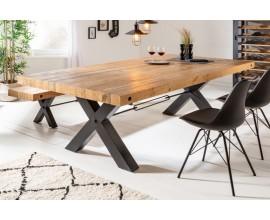 Industriálny jedálenský stôl Freya z masívu v prírodnej hnedej farby s čiernymi kovovými nohami 200cm