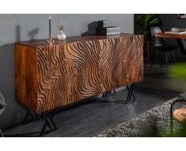 Luxusný industriálny príborník Wiellde z tmavohnedého masívneho mangového dreva a s čiernymi prekríženými kovovými nohami