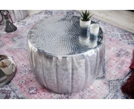 Orientály okrúhly konferenčný stolík Adassil striebornej farby 55cm