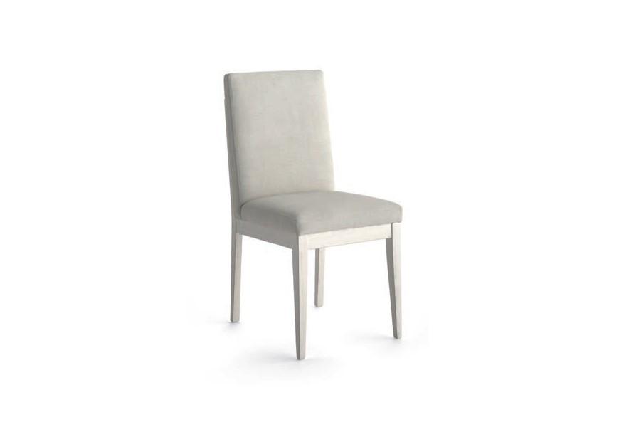 Luxusná elegantná jedálenská stolička Fanny z masívu s poťahovou látkou