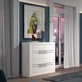 Luxusná moderná komoda Véneto z masívneho dreva s tromi zásuvkami 102cm