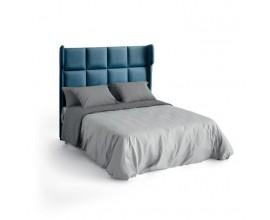 Moderná luxusná čalúnená posteľ Estoril s členitým vysokým čelom na matrac 135/150/180cm