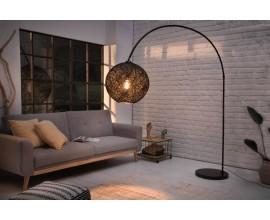 Moderná stojaca lampa Lewis s pleteným tienidlom čiernej farby 205cm