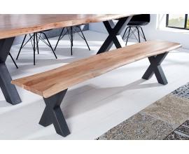 Jedinečná industriálna jedálenská lavica Mammut z akáciového dreva s prekríženymi nohami z kovu