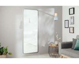 Moderné dizajnové obdĺžnikové nástenné zrkadlo Cambell v striebornom ráme 170cm