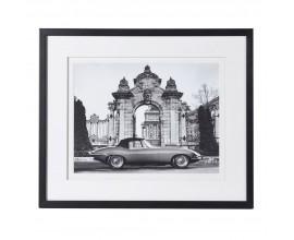 Dizajnový vintage čiernobiely nástenný obraz Jaguár s čiernym rámom